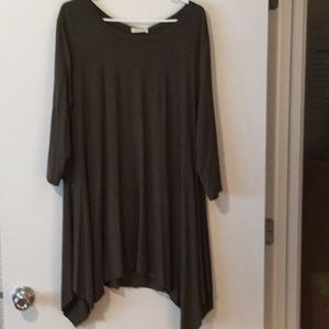 Oddy top Olive Green Size 1XL
